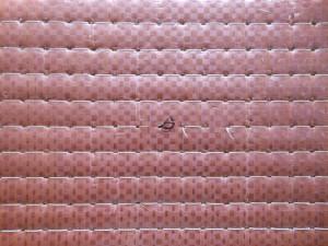 糸が切れた畳床