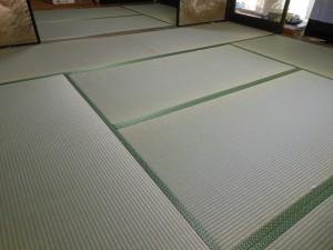 4畳と8畳の座敷