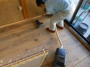 6畳の床板掃除