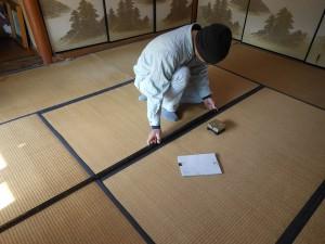 畳の採寸風景