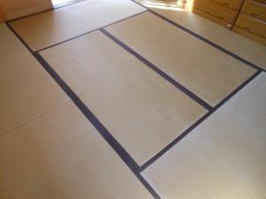 表替え前の8畳の和室