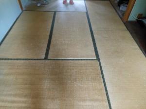 床の間6畳表替え前