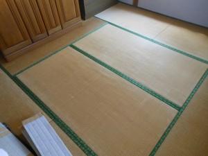 表替え前の畳