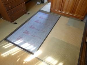 畳の入れ替え途中