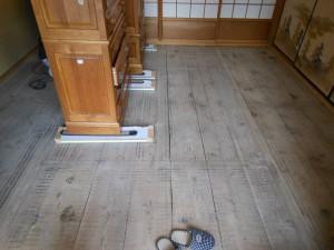 畳を納品する前の和室