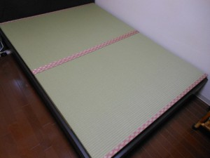 ベットの畳