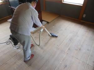 和室の床の掃除