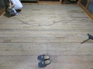 床板の掃除