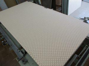 製作途中の市松表の畳