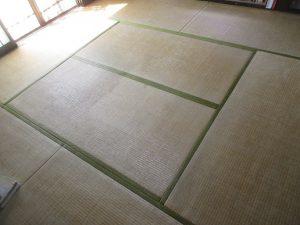 入れ替え前の古い畳