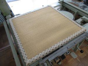 微妙な厚畳