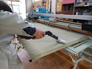 畳の製造 染土掃除
