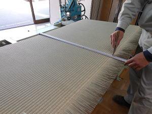 畳の製造 下前カネイレ